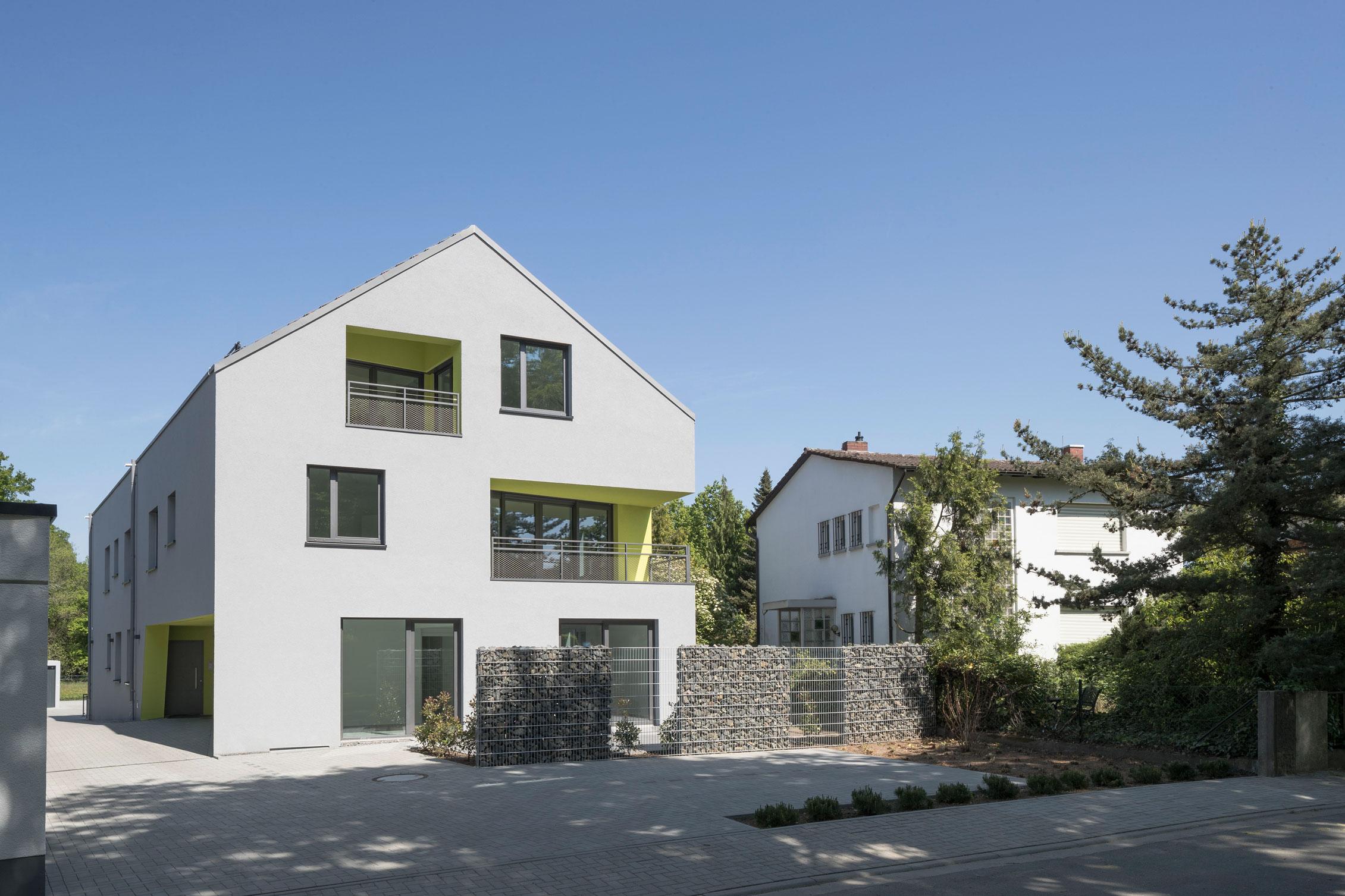 Neubau Mehrfamilienhaus Ansicht Vorne